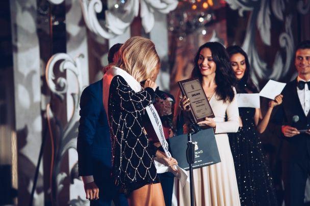 LOBODA визнали найкрасивішою співачкою України