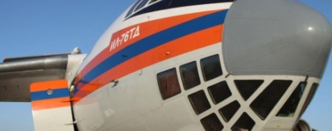 На місці аварії російського Іл-76 знайшли чорну скриньку та фрагменти тіл загиблих