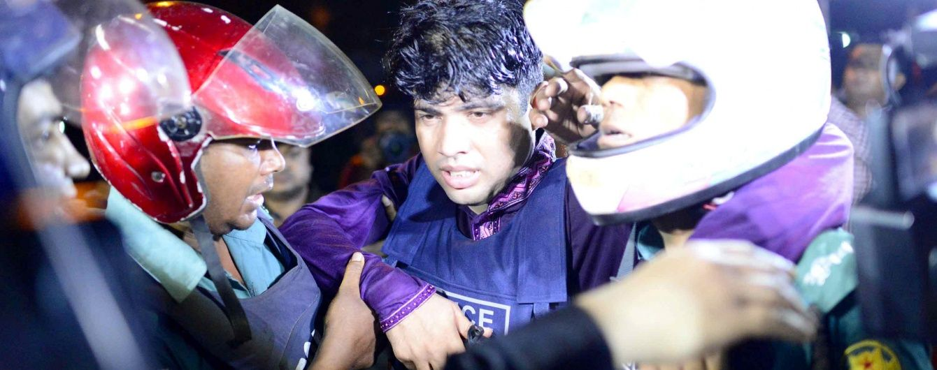 Теракт у Бангладеш: стала відома офіційна кількість вбитих і поранених, відповідальність взяла ІД