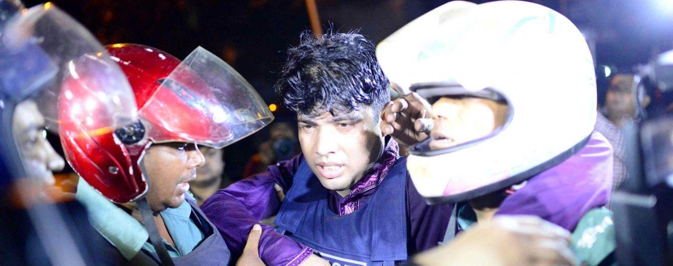 У Бангладеш поліція звільнила заручників у ресторані, ліквідувавши всіх зловмисників