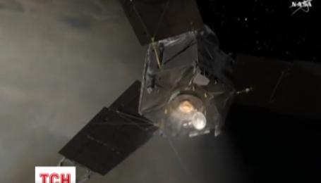 """Американський дослідницький апарат """"Юнона"""" незабаром має вийти на орбіту Юпітера"""