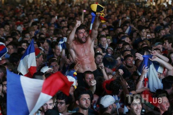 """Французькі """"півні"""" та ісландські """"вікінги"""". Найкращі уболівальники Євро за 3 липня"""
