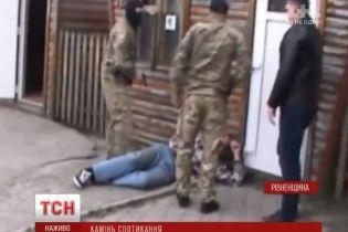 """На Рівненщині в рамках """"бурштинової операції"""" тривають арешти та обшуки посадовців"""