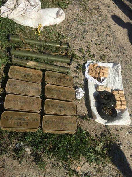 На Черкащині військові збували гранатомети