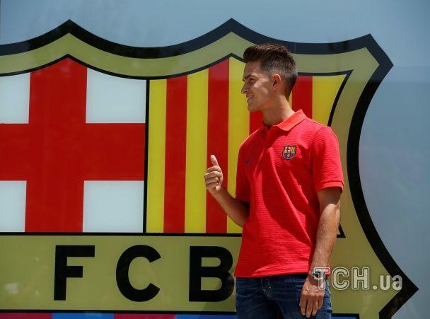 "Повернення на ""Камп Ноу"". ""Барселона"" представила фанатам новачка Суареса"