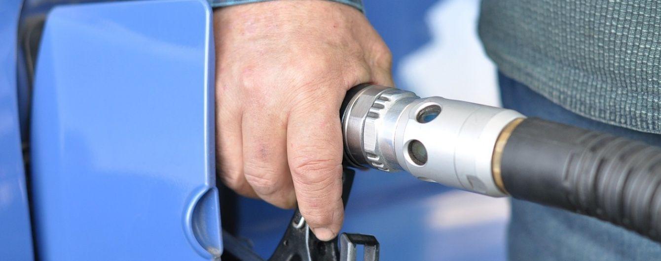 На АЗС незначительно подешевел газ для авто. Средняя стоимость топлива 29 сентября