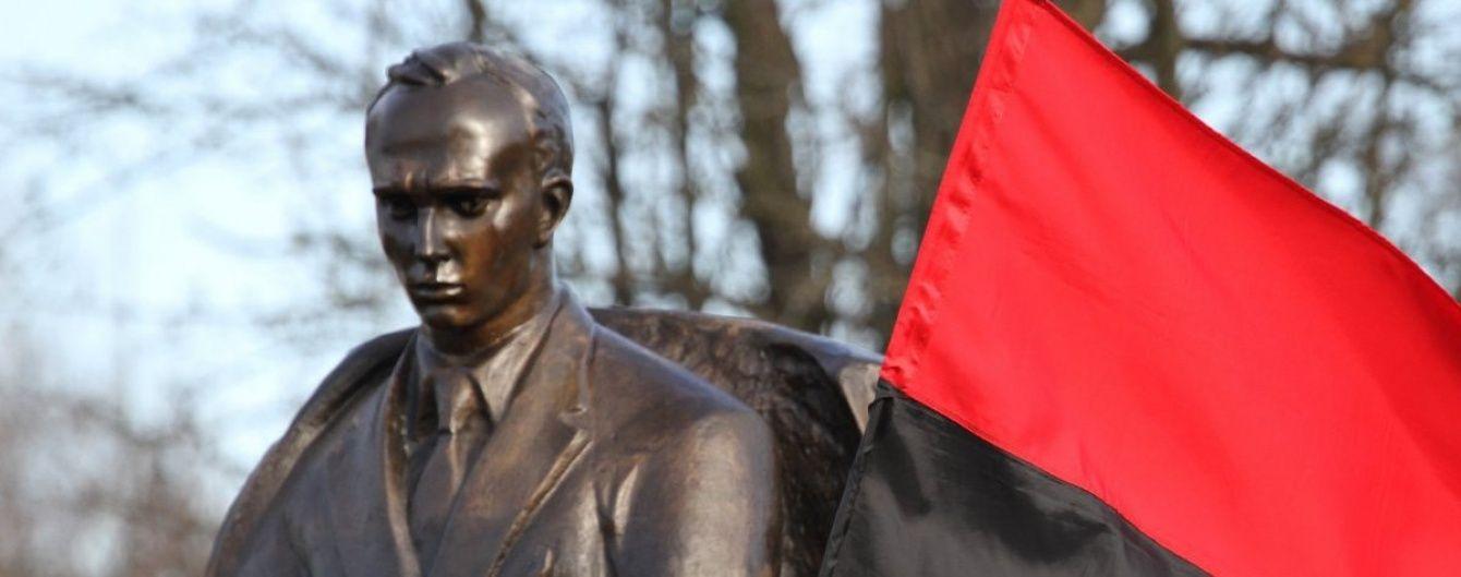 Кличко затвердив перейменування Московського проспекту у Бандери