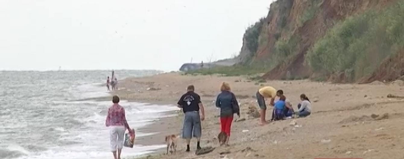 Після моторошної знахідки на пляжі Одещиною поповзли чутки про маніяка та ритуальне вбивство