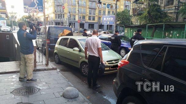 У Києві на отриманні хабаря у 125 тисяч гривень упіймали співробітницю ДФС