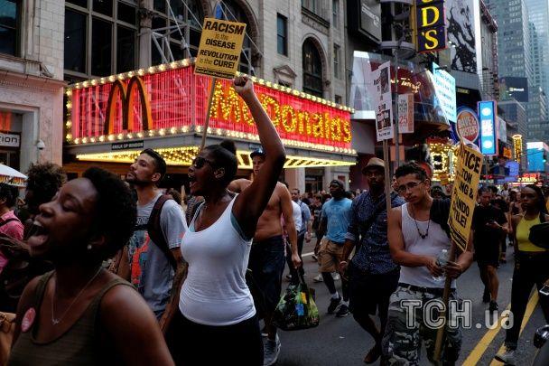 США охопили протести проти вбивств чорношкірих поліцейськими