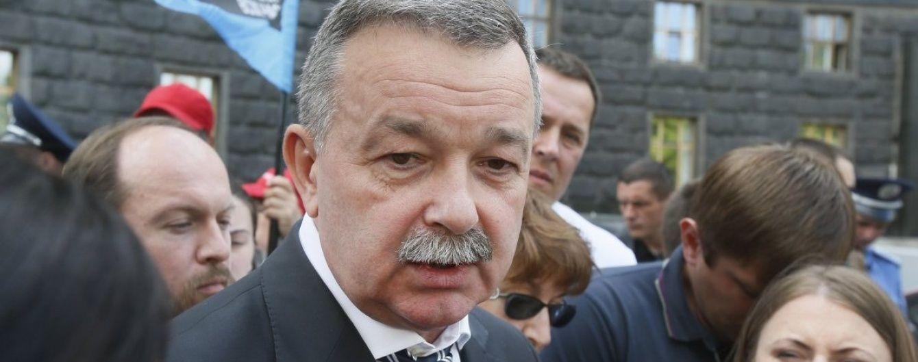 Кабмін відсторонив заступника глави МОЗ після затримання за хабарництво