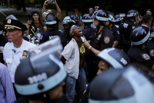 У Нью-Йорку відбувся рейд проти мігрантів: більше 200 затриманих