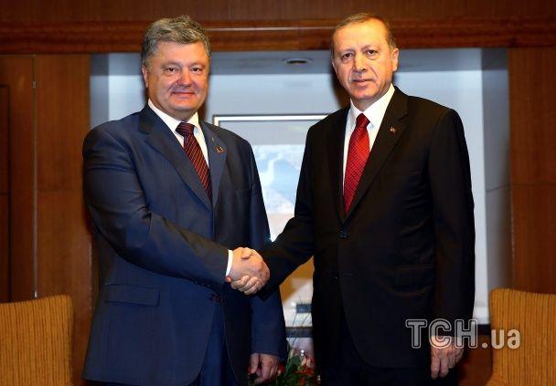 Нарощування сил на сході й Альянс в умовах Brexit. Про що говорять на саміті НАТО у Варшаві
