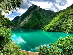 П'ять причин провести літо в Албанії