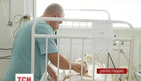 На Днепропетровщине лезвие от газонокосилки пробило насквозь череп и мозг мальчику