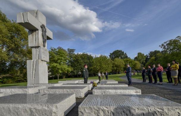 Дещиця: Польща погодилася на відновлення українських місць пам'яті