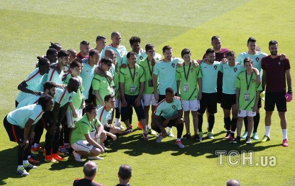 Розминка перед боєм. Португалія провела тренування напередодні фіналу Євро-2016
