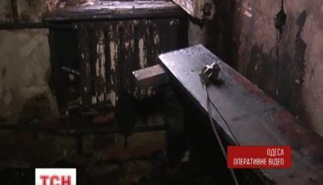 В центре Одессы горел четырехэтажный жилой дом