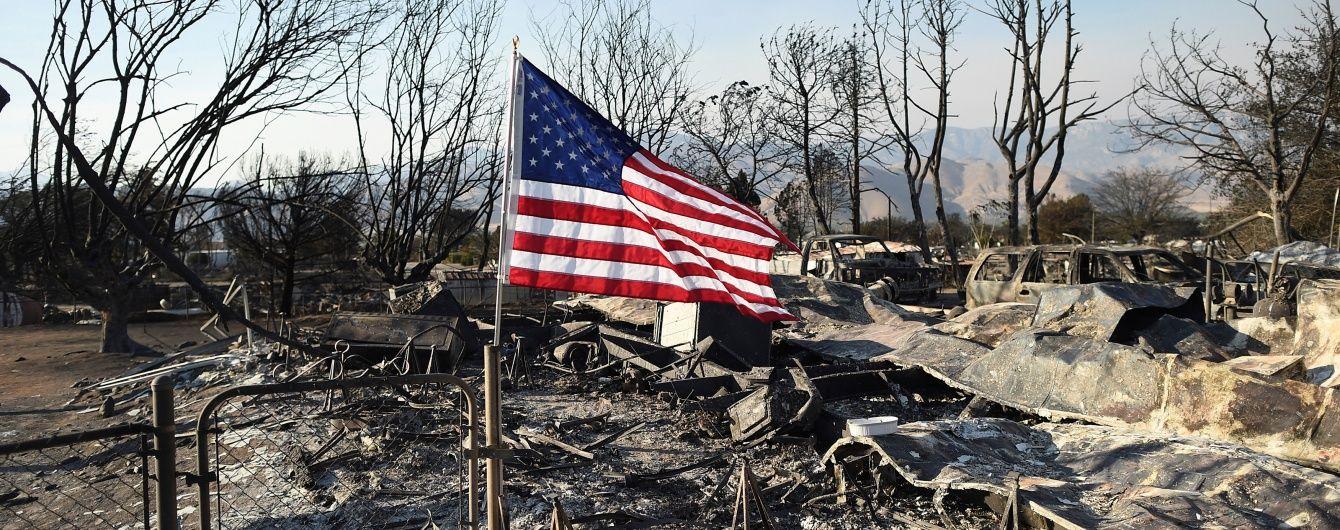 У Каліфорнії через пожежу на заводі сталася екологічна катастрофа
