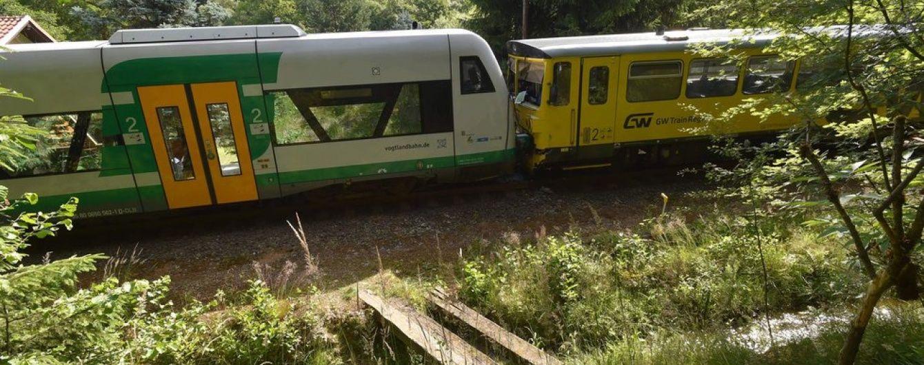 У Чехії зіткнулися два потяги