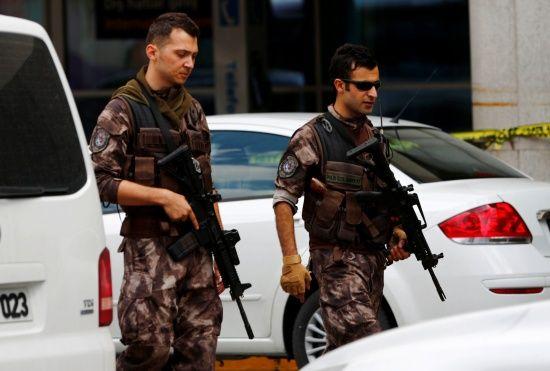 Туреччина відновила авіаудари у сирійському Африні - Reuters