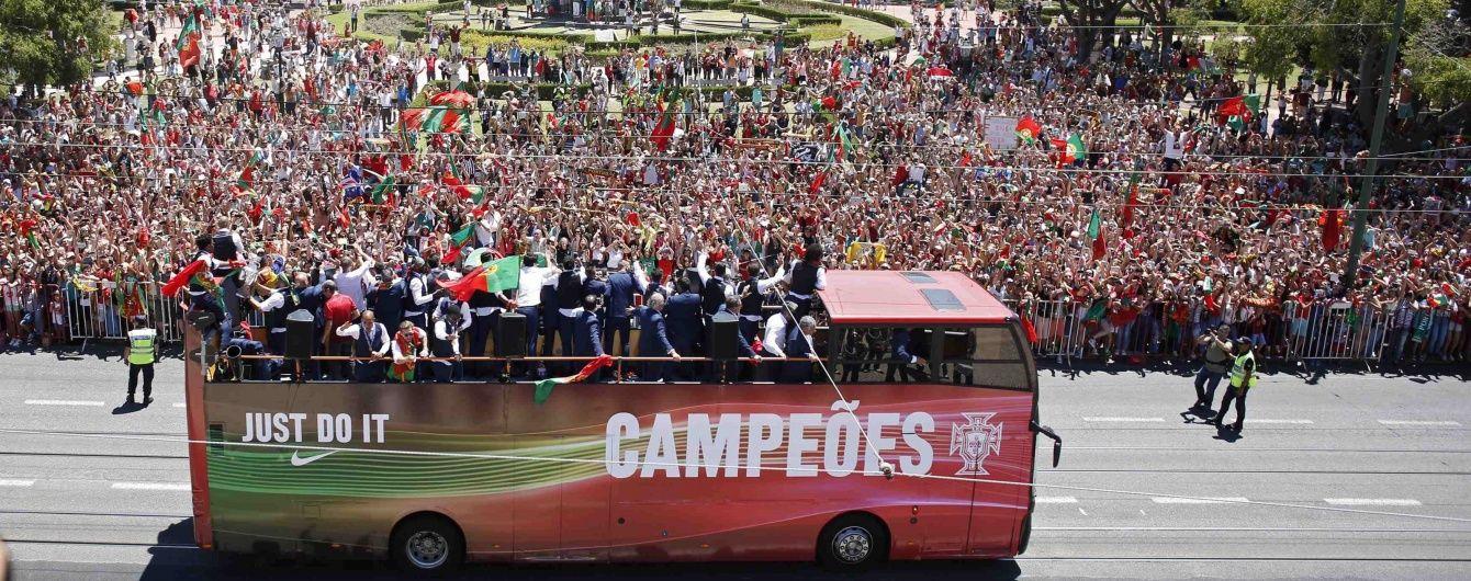 Роналду показав, як збірну Португалії божевільно вітали у Лісабоні