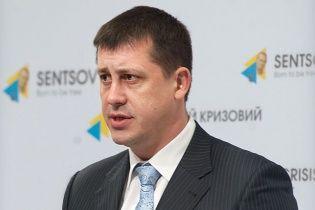 Підозрюваного у хабарництві головного санлікаря України звільнили