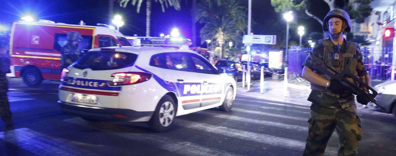 Поліцейські застрелили водія вантажівки, яка врізалася у натовп у Ніцці