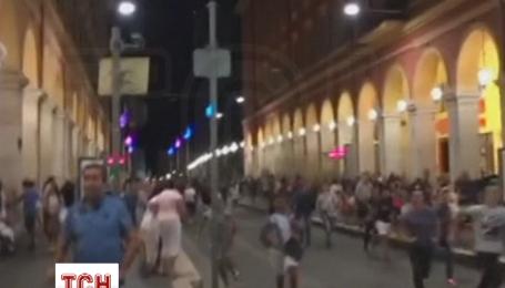 Страшний теракт під час свята в Ніцці спричинив паніку в натовпі