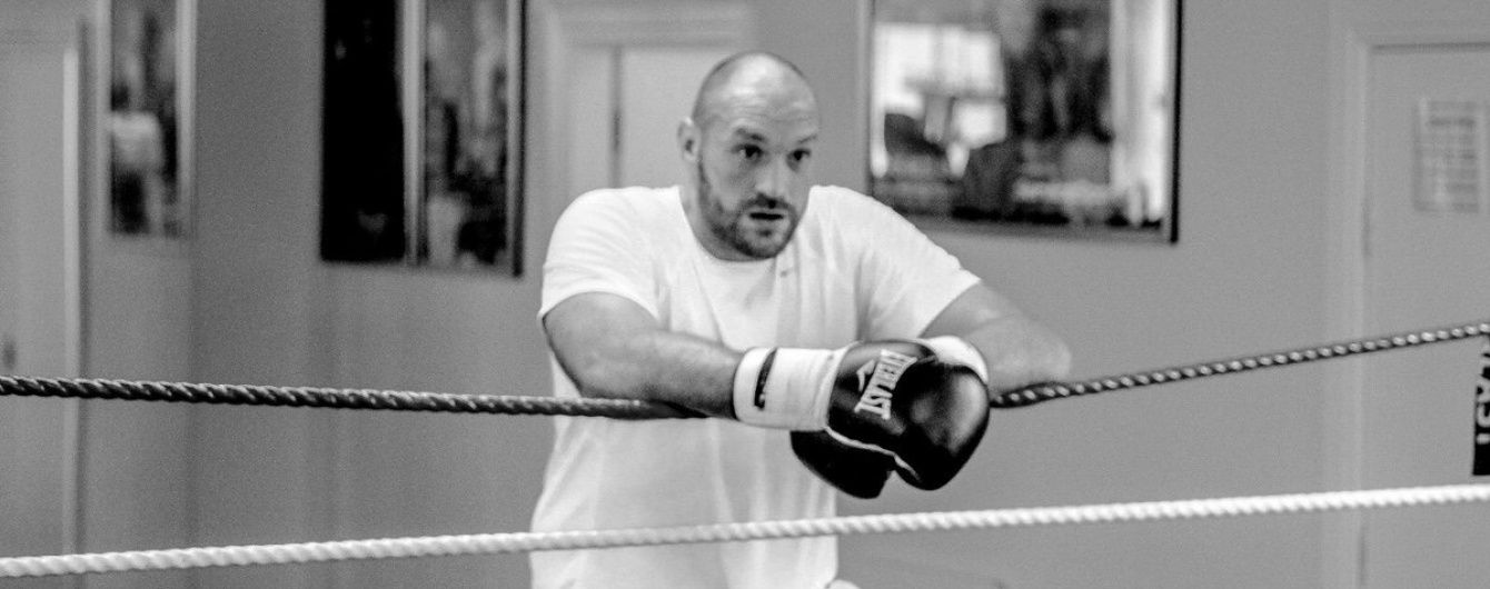 Скандальний Тайсон Ф'юрі залишився без боксерської ліцензії