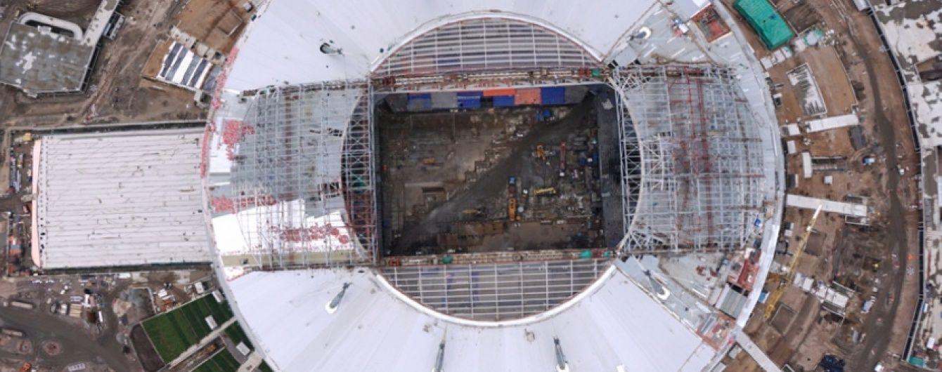 """На """"Зеніт-Арені"""" помолилися про завершення будівництва стадіону"""