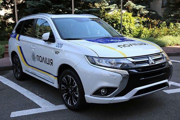 В Україні представили перший гібридний поліцейський кросовер