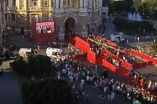 В Одесі відбулася гламурна та вишукана церемонія відкриття міжнародного кінофестивалю