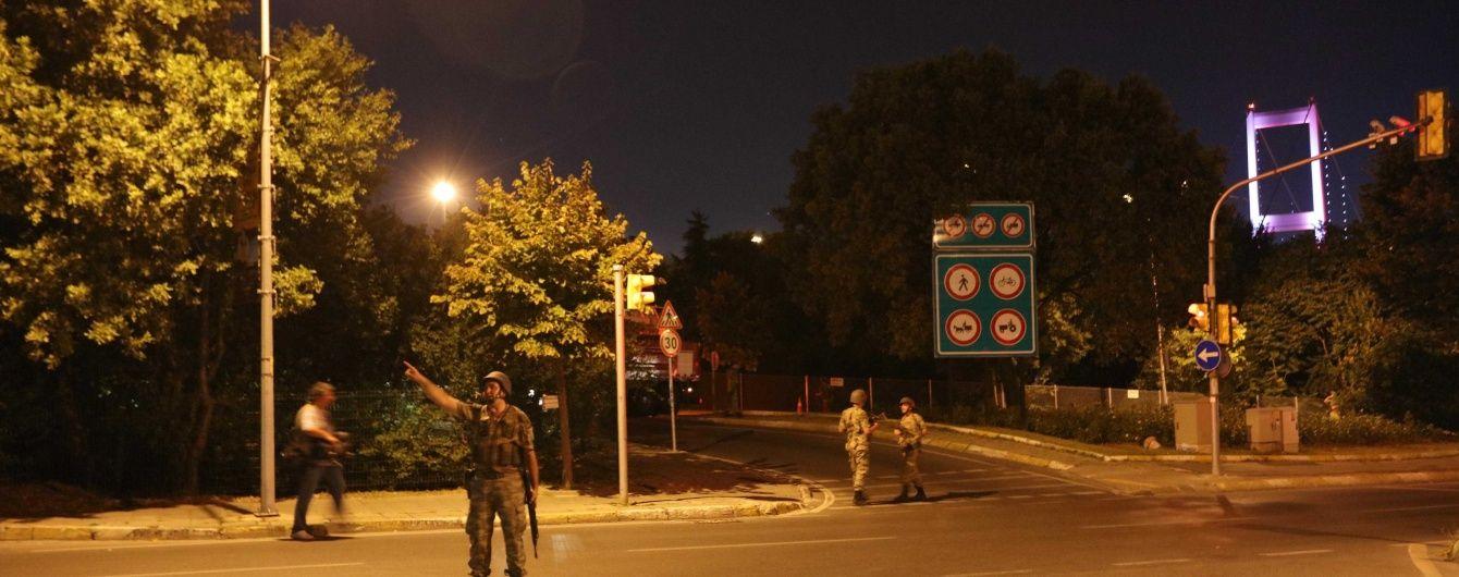Турецькі війcькові заявили про дотримання всіх свобод і міжнародних зобов'язань