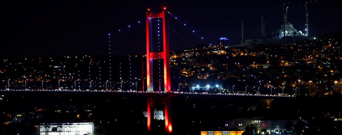 У Туреччині Босфорську протоку закрили для танкерів