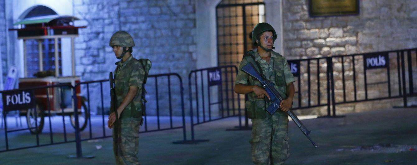 Турецькі ЗМІ повідомили про 17 убитих поліцейських
