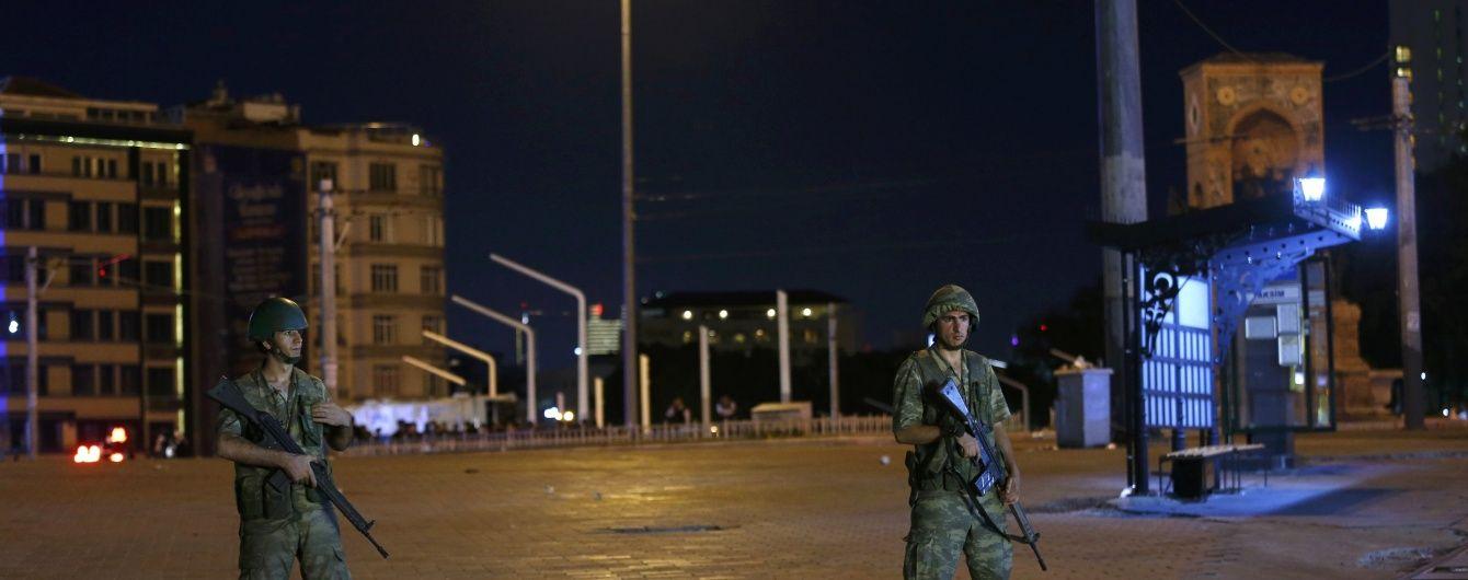 Над Анкарою винищувач збив військовий гелікоптер – ЗМІ