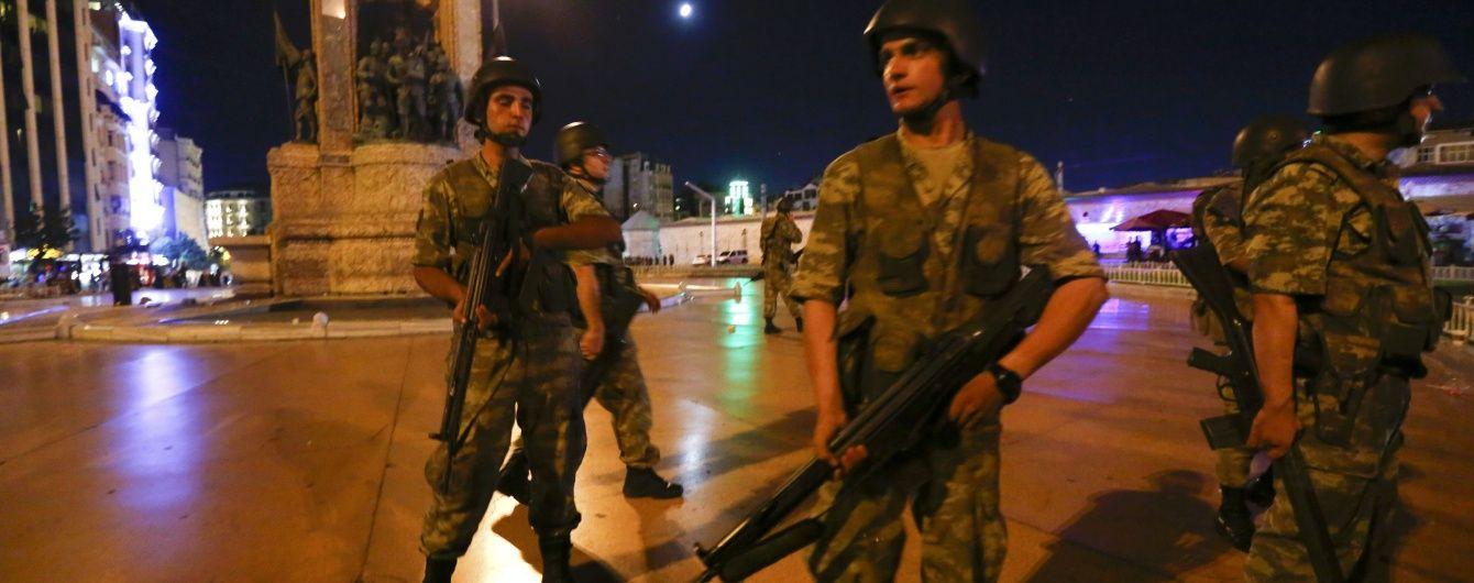 У Туреччині почалися обшуки на базі Інджирлік, яку використовує США