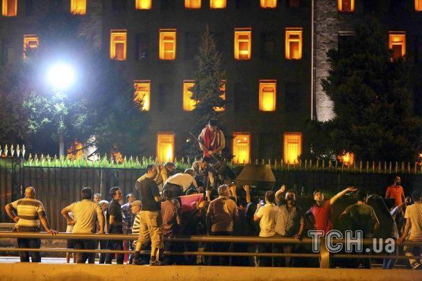 Спроба військового перевороту. Що сталося в Туреччині у ніч проти 16 липня