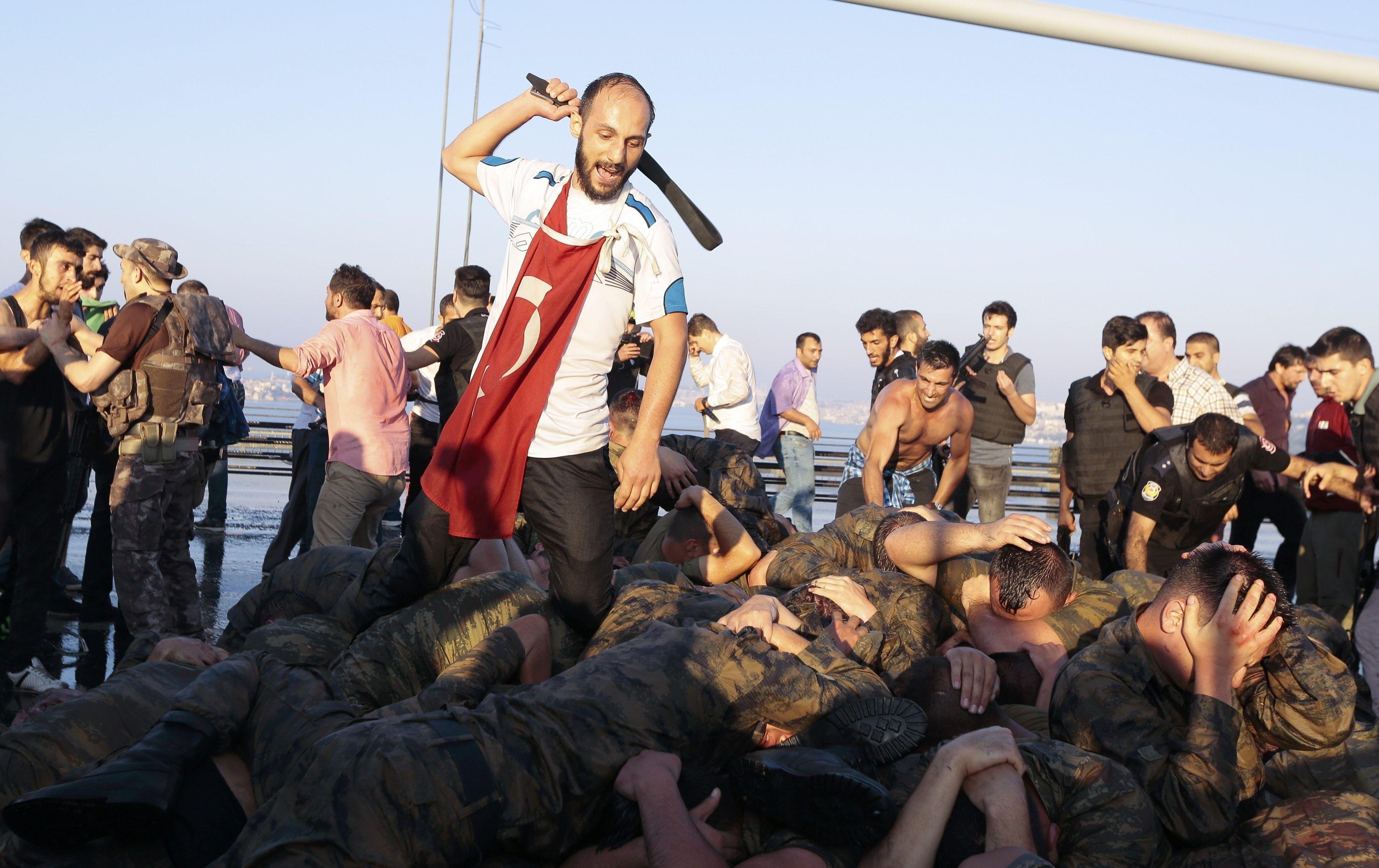 Заколот у Туреччині