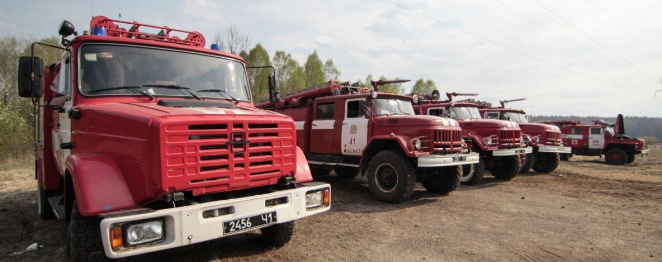 Чорнобильська зона запалала: на боротьбу з вогнем кинули пожежників, вертоліт і літаки