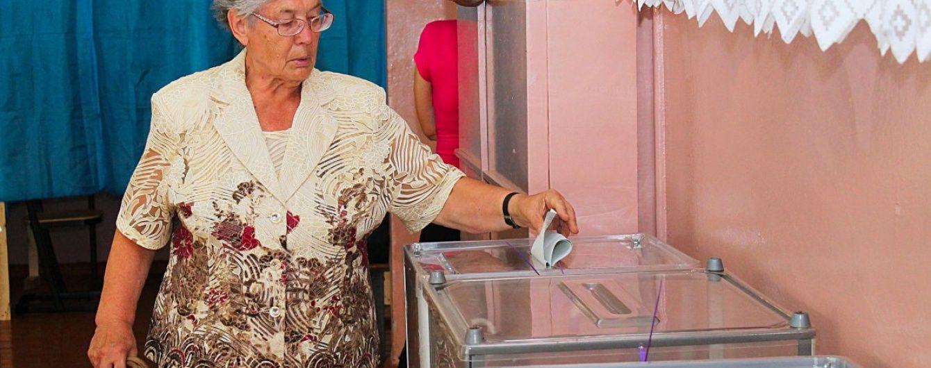 ЦВК опрацювала вже більше половини протоколів на довиборах у Раду