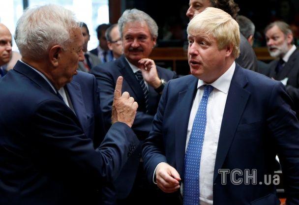 Емоційний й експресивний. Уперше на зустріч глав МЗС ЄС прибув прибічник Brexit Борис Джонсон