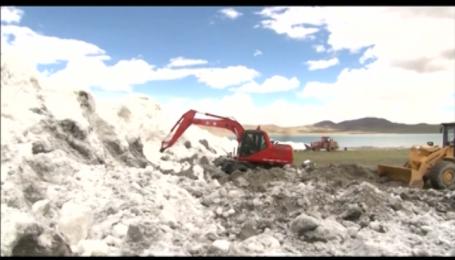 В горах Тибета сошла лавина высотой около 8 метров, 9 человек погибло