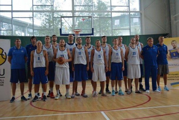 Збірна України розім'ялася перед пресою у підготовці до відбору на Євробаскет-2017