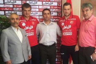 Два українських хавбеки вирушили підкорювати футбольний Іран