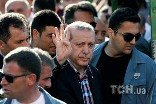 Эрдоган не исключает причастность двух сбивших Су-24 пилотов к организации Гюлена