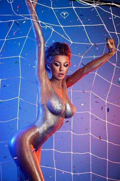 Поліна Логунова для Playboy_5