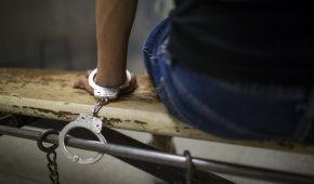 Зняття скальпу і кастрування. Луценко розповів про катування людей бойовиками на Донбасі