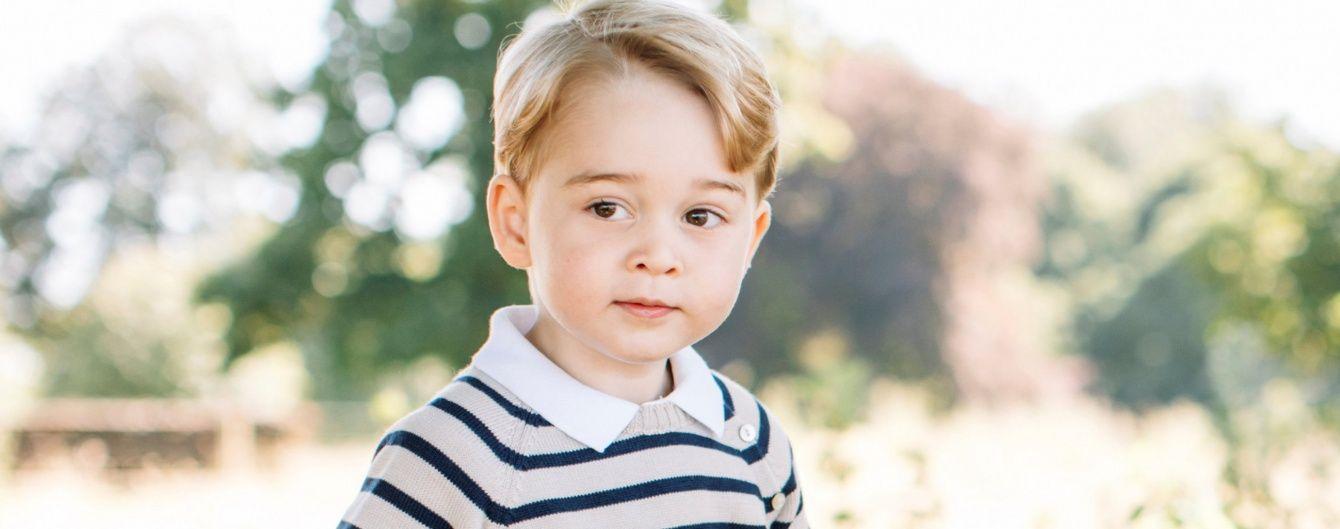 Кембриджи поделились новыми снимками именинника принца Джорджа